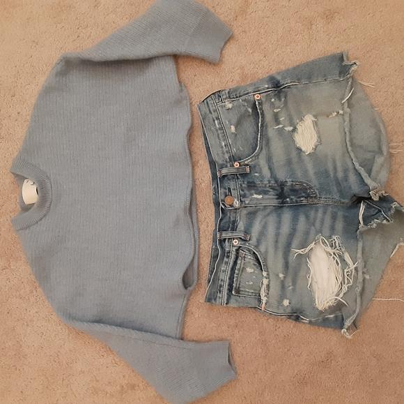 Aritzia wilfred crop top and Ralph Lauren shorts